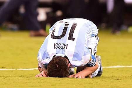 تکمیل سه گانه تلخ آرژانتین و مسی